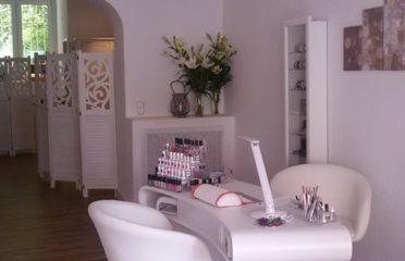 Nagel-Beauty-Lounge / Marilyn.K